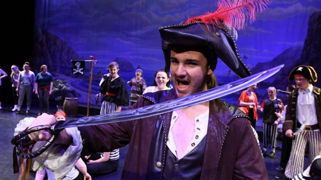 College Musical - The Pirates of Penzance